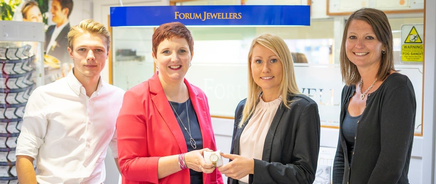 Lester Aldridge win the Digital Storm and Forum Jewellers Raffle Prize